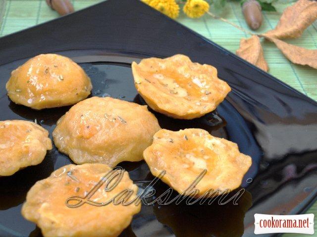 Куоричини из тыквы с сырной начинкой