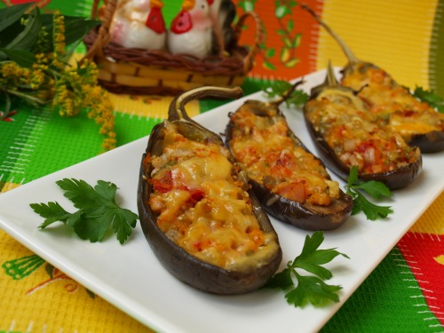 Eggplant with vegetables and smoked breast