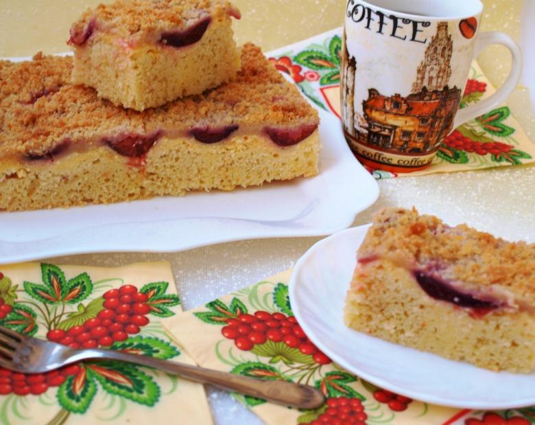 Сливовый пирог с творожной заливкой