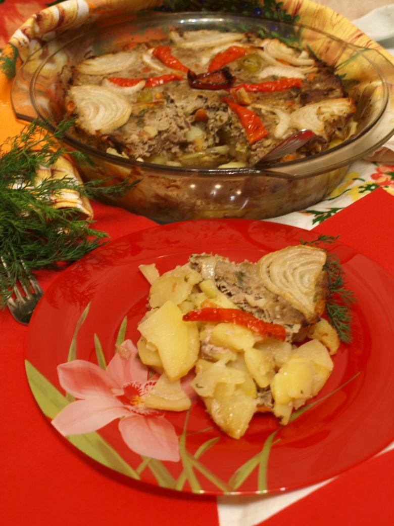 Тавая - мясная запеканка с картофелем