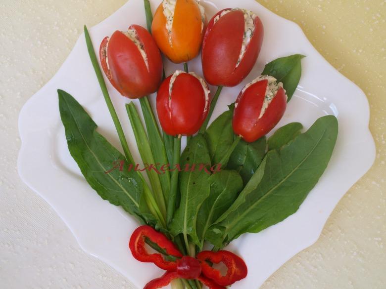 """Закуска из помидоров """"Тюльпаны"""""""
