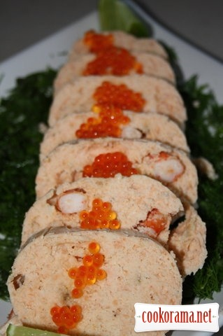 Salmon mousse with shrimps and caviar