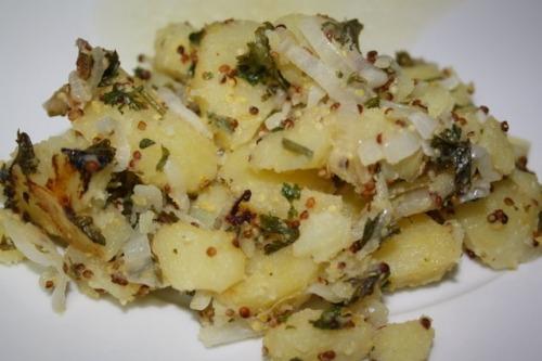 Гарячий картопляний салат