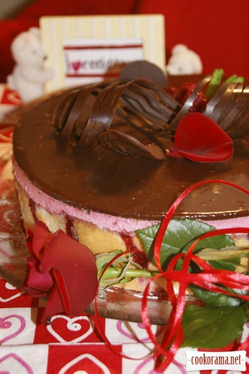 Торт «Малинова ейфорія»