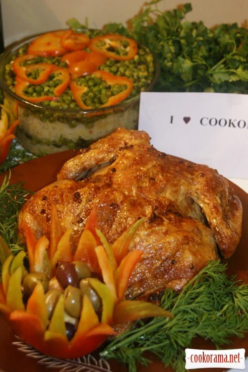 Курица запеченая как пастрома и слоеный рис