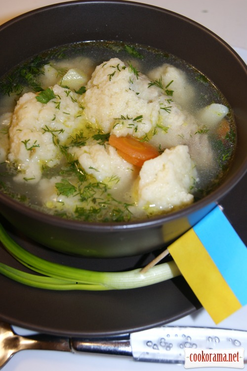 Dumpling-soup on chicken broth
