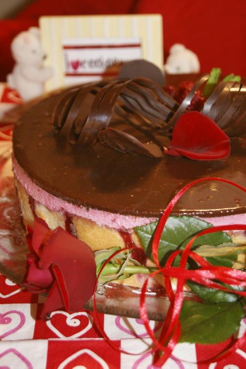 """Cake """"Raspberry euphoria"""""""