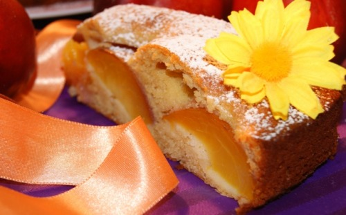 Honey cake with nectarines
