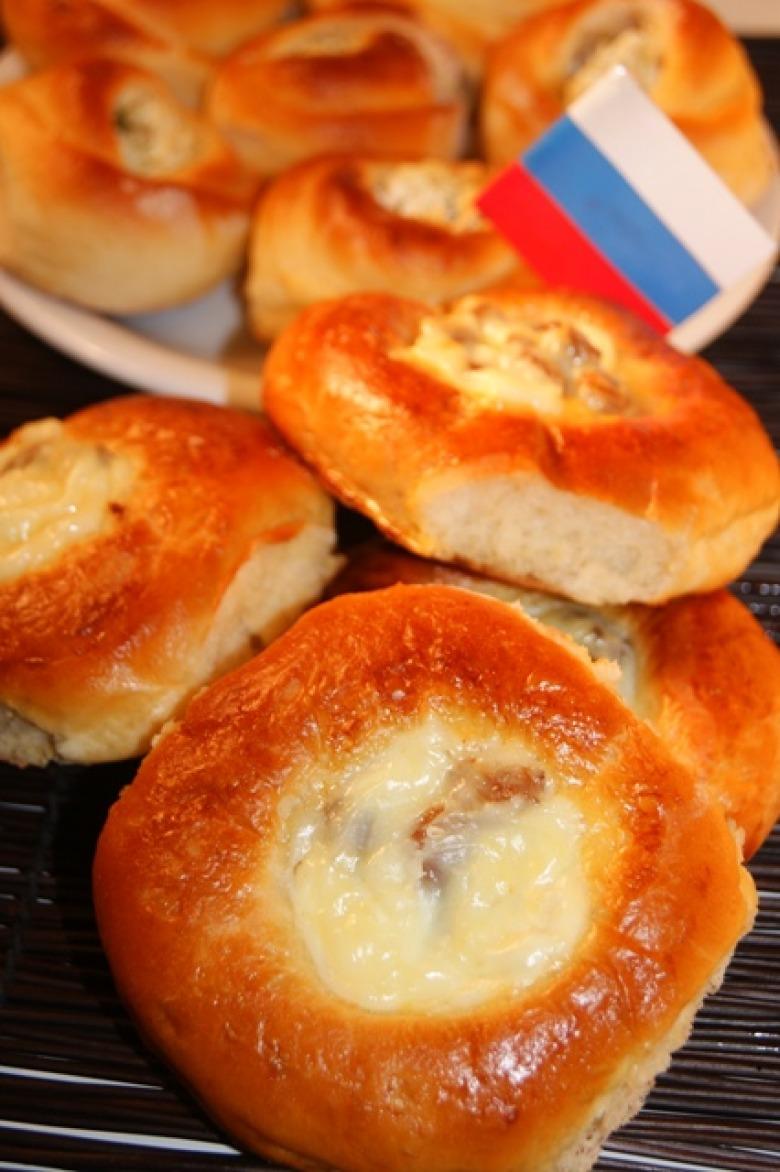 Сладкие пирожки с вареньем в духовке рецепт с фото