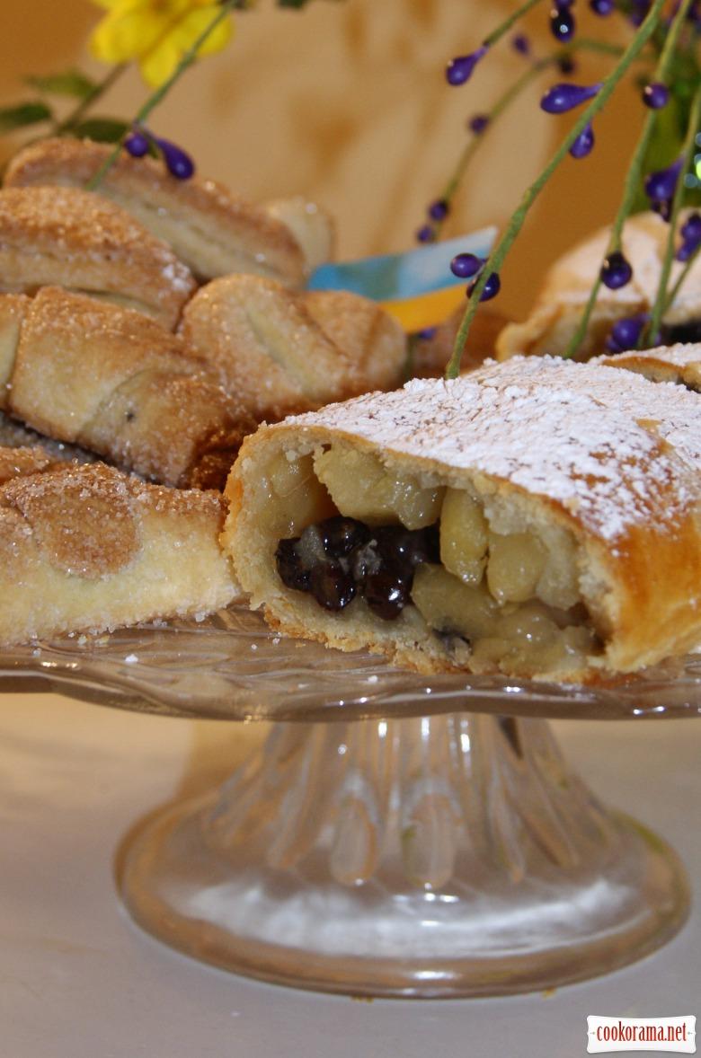 Сирне тісто - завиванець, печиво і рогалики