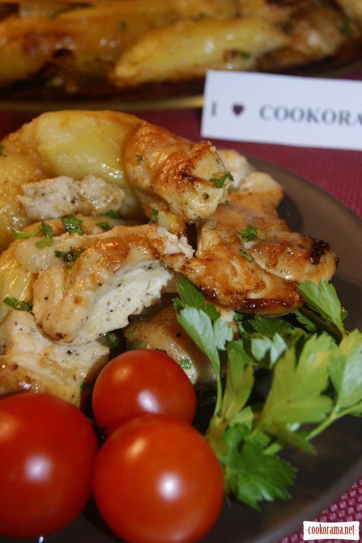 Сочное филе из курицы с картофелем - готовим быстро!