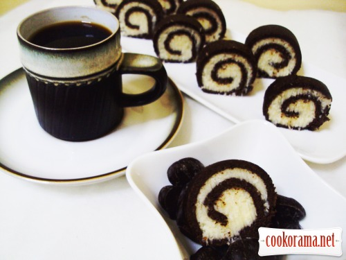 Шоколадно-кокосовый рулет (без выпечки)