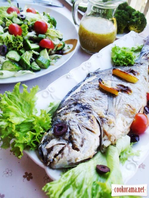 Морской окунь (дорада, сибас) запеченный
