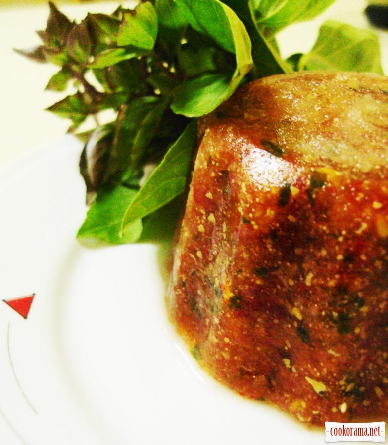 Куриная грудка с соусом «Гаспачо».