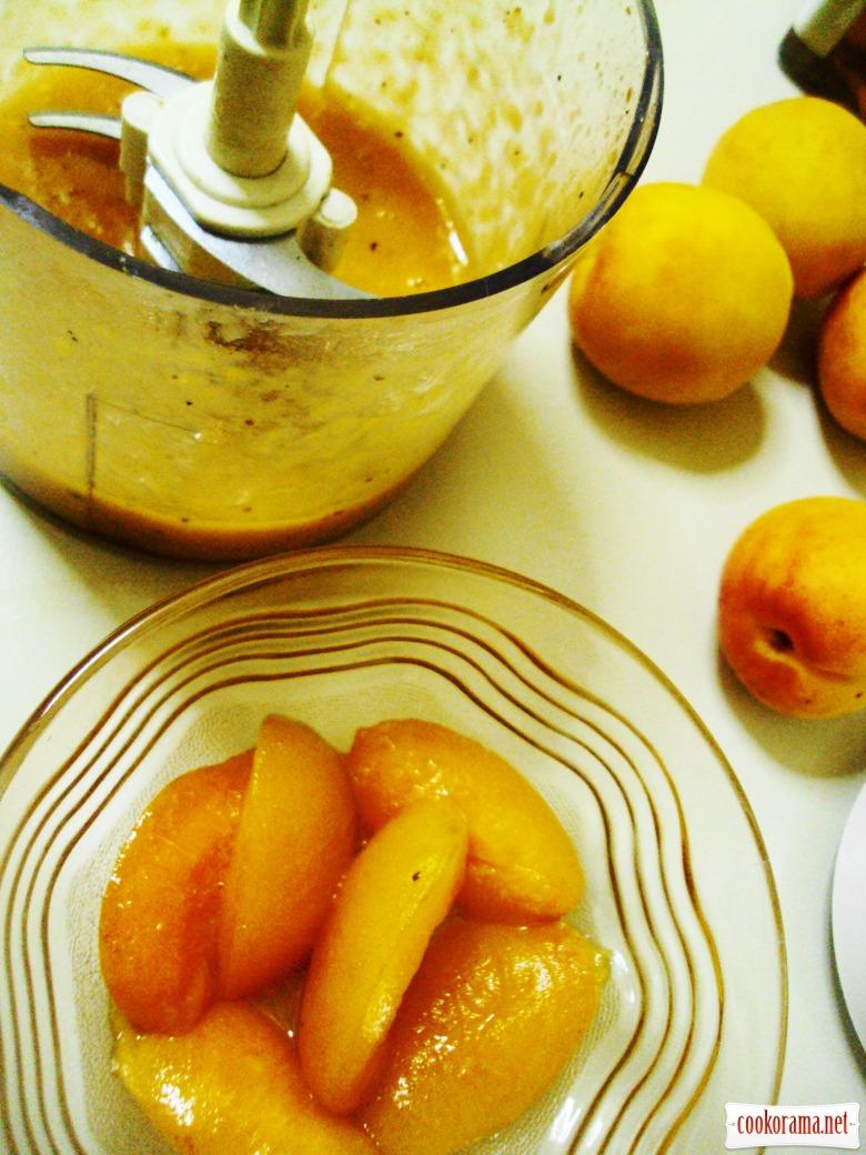 Бризола с абрикосовым соусом.
