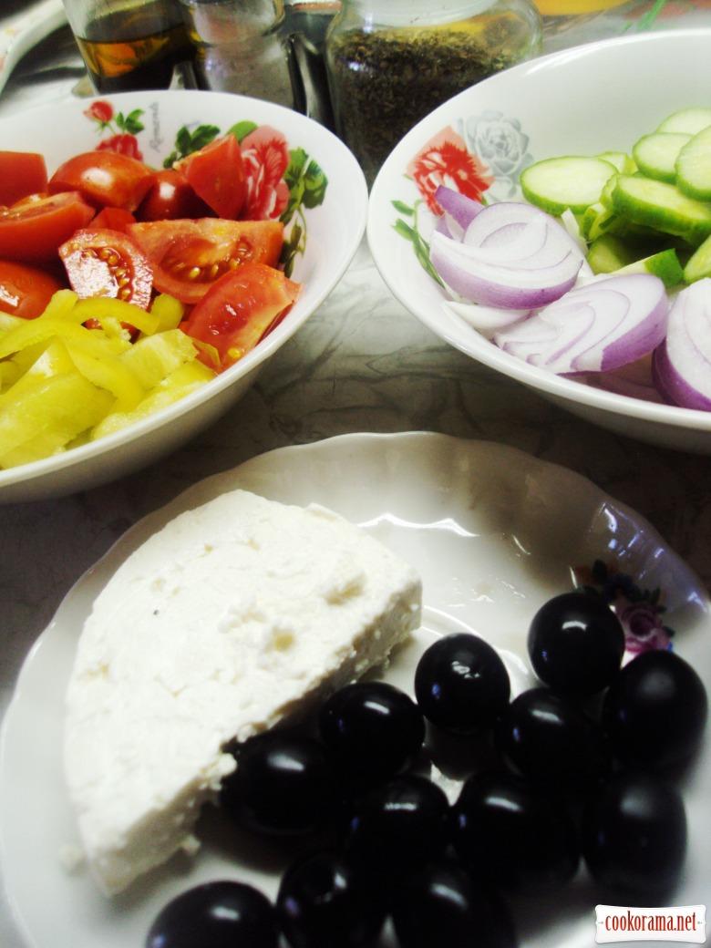 Хорьятики салата (деревенский салат).