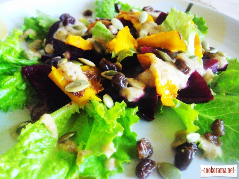 Салат с печеной свеклой и тыквой.