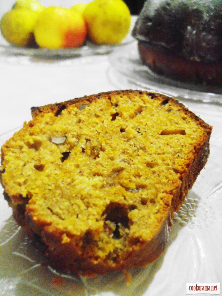 Тыквенный кекс-коврижка с орехами и изюмом.