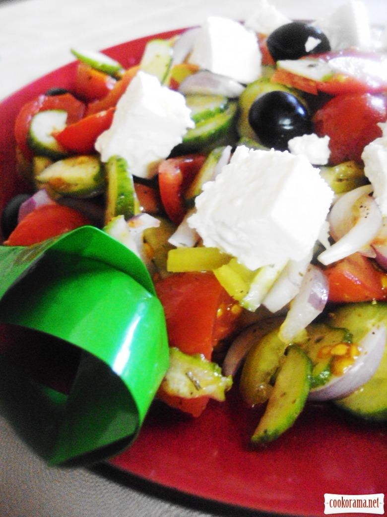 Хорьятікі салата (сільський салат)