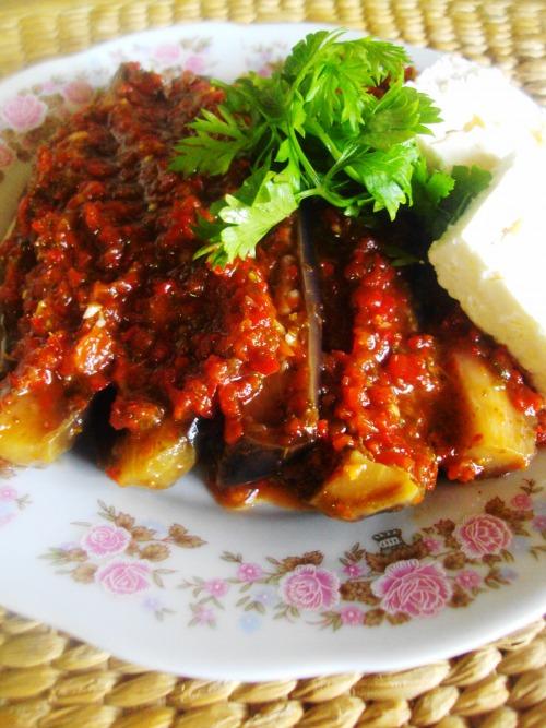Как вкусно приготовить на сковородке баклажан