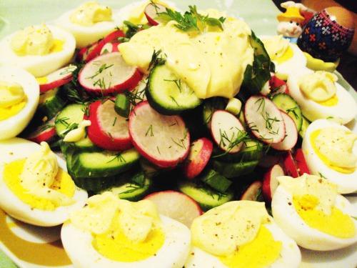 Весняний салат до Великодня