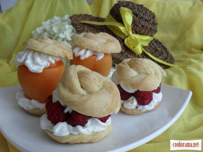 Пирожное «Лето в шляпе»