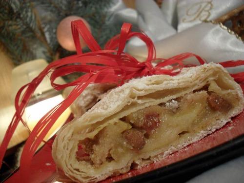 Венский рождественский штрудель (яблочный) (Apfelstrudel)