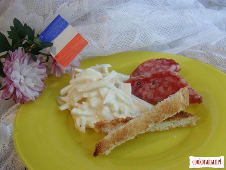 Французский салат из сельдерея