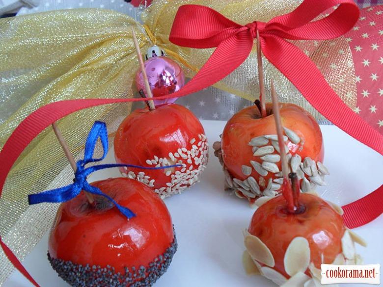Новогодние яблоки