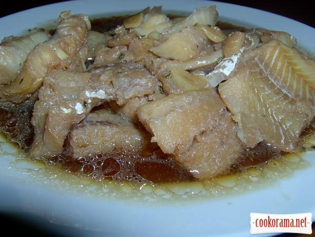 Филе речной рыбы в соусе