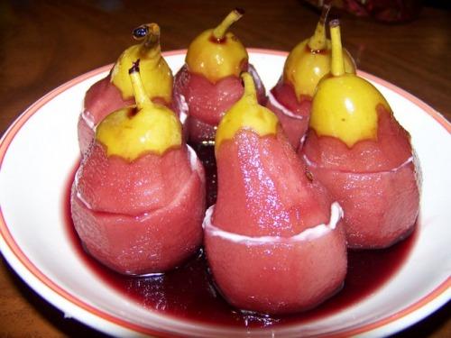 Десерт з груш
