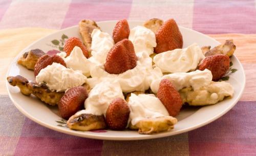 Десерт із смажених бананів