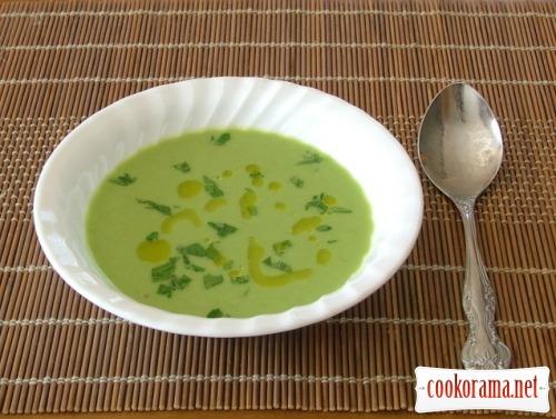 Суп-пюре из зеленого горошка с пивом