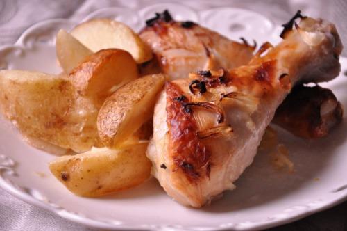 Курячі ніжки з лаймом і імбиром з картоплею по-селянськи