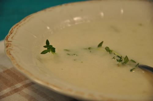 Цибулевий суп з білим вином