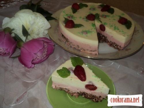 Торт «Полунична насолода»
