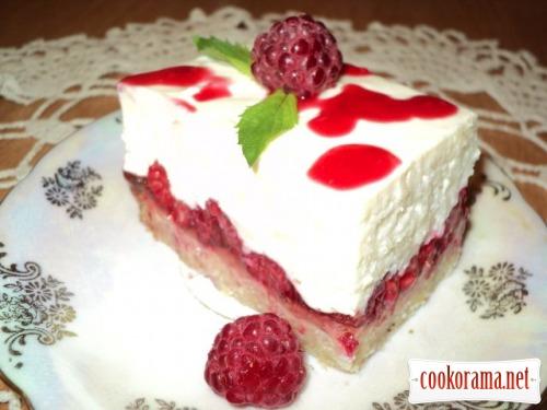 Пирожное «Малина на снегу»
