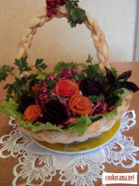 Салат в корзинке