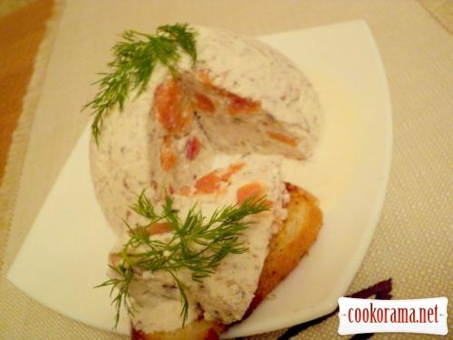 Сформато из слабосоленой семги под соусом