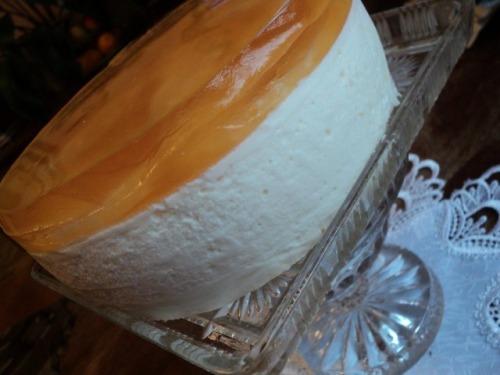 Торт «Ананаси в шампанському»