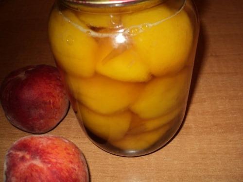 «П'яні персики»