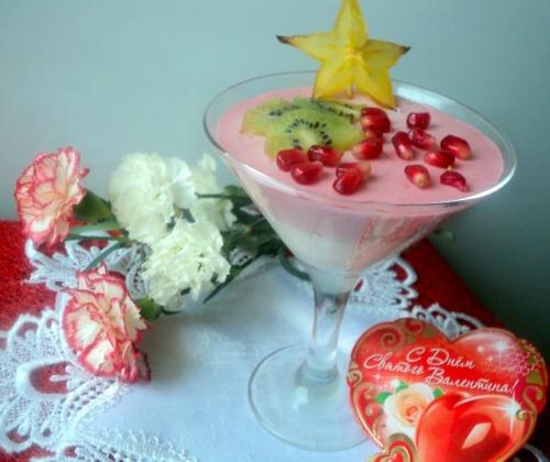 Сливочно-ягодный десерт