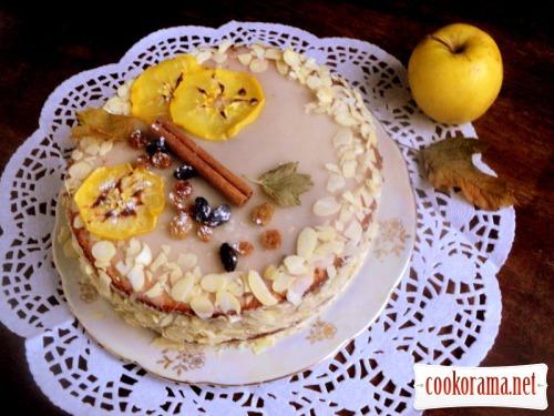 Ореховый торт с карамелизированными яблоками