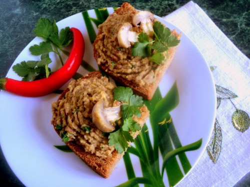 Bean pate with mushrooms