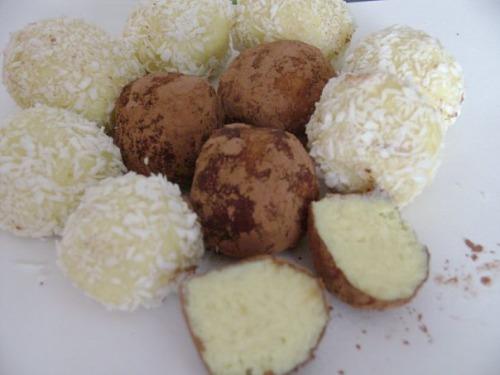 Кокосові цукерки