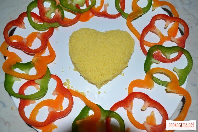 Романтический кус-кус, с тыквенным маслом, куриными сердечками в сливочном соусе.