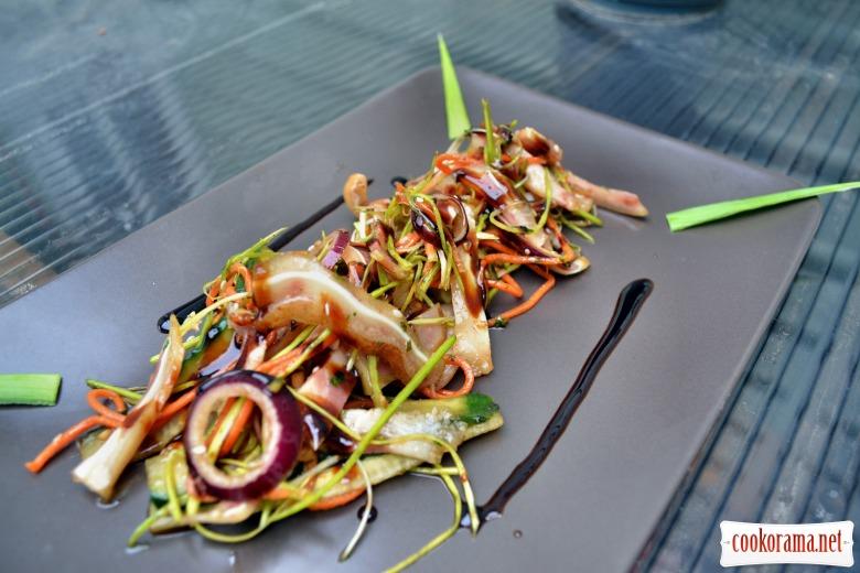 Салат с креветками с кальмарами и мидиями рецепты 106