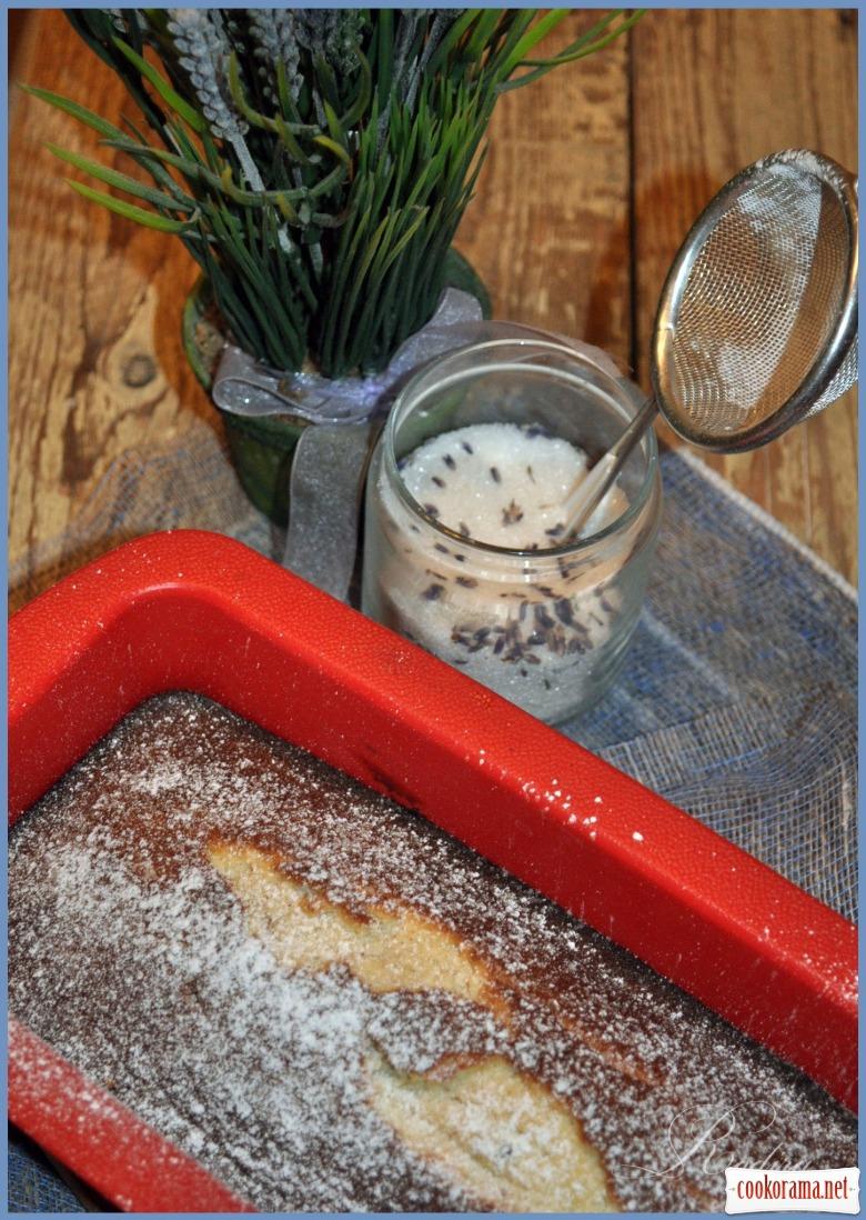 Лавандовий кекс з білим шоколадом