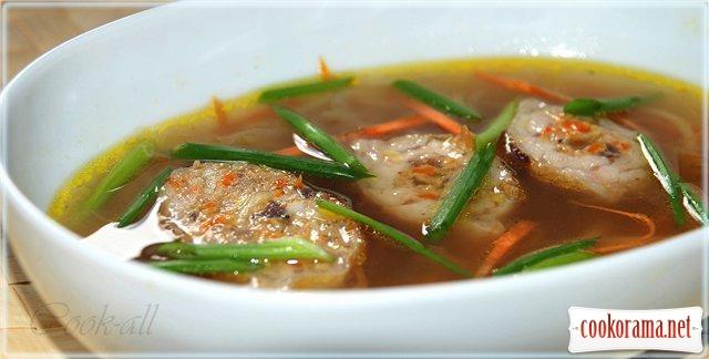 Суп з качиних потрошків з фаршированими крильцями