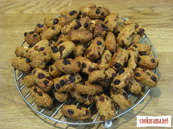 Вівсяне печиво з сухофруктами і мигдалем